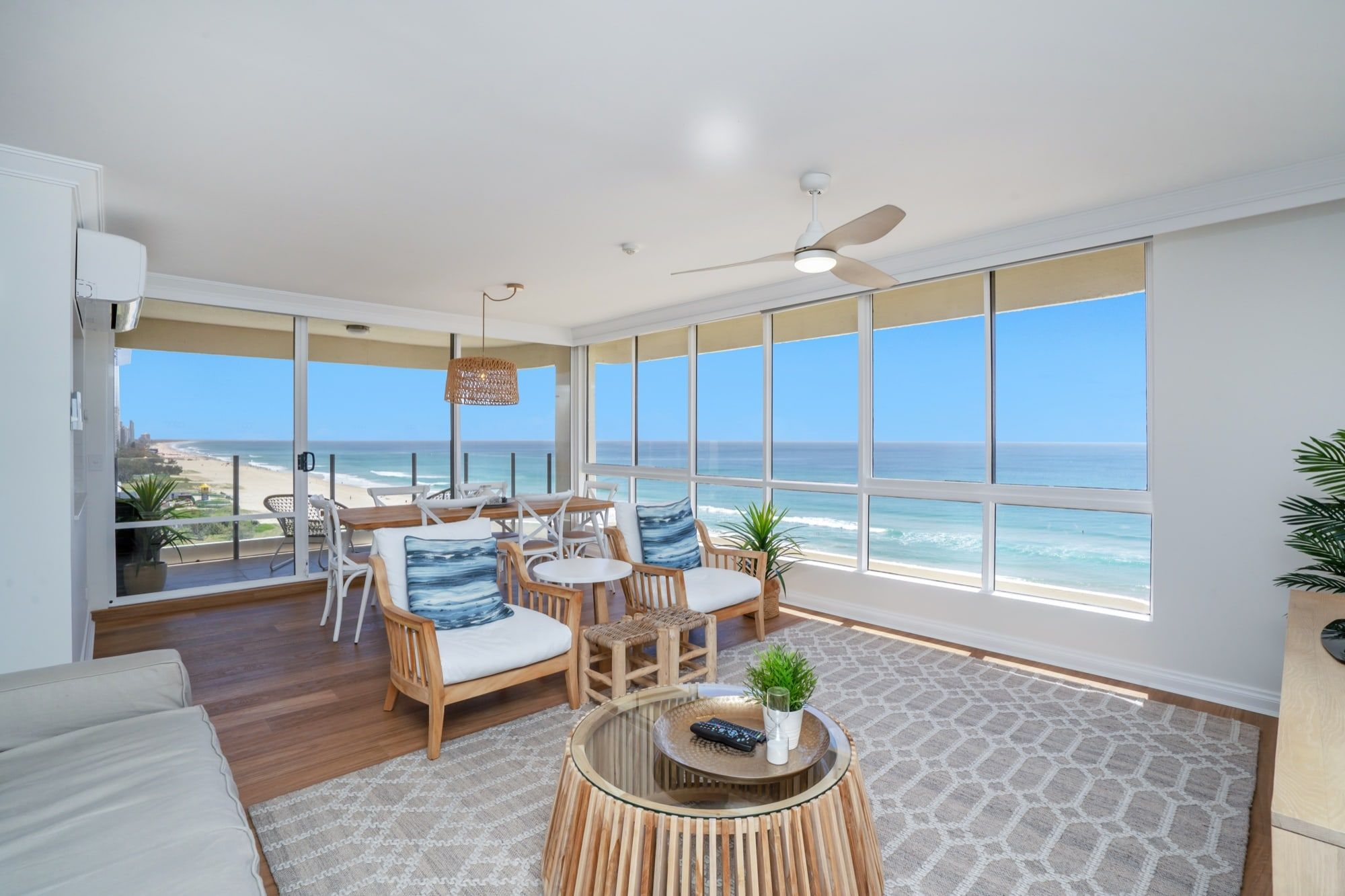Gold Coast Family Accommodation | Dorchester on the Beach