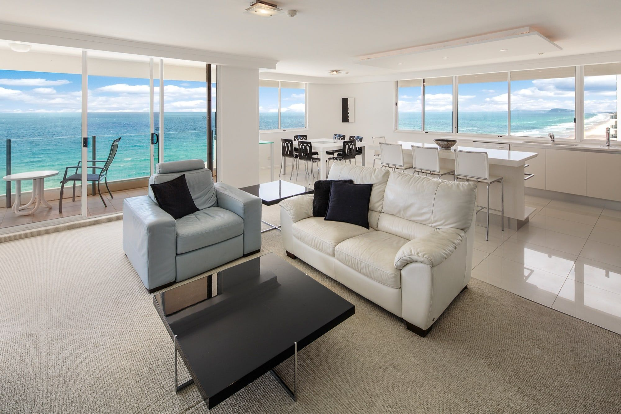 Gold Coast Apartments Surfers Paradise | Dorchester on the Beach